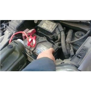 西安车辆电瓶搭电服务